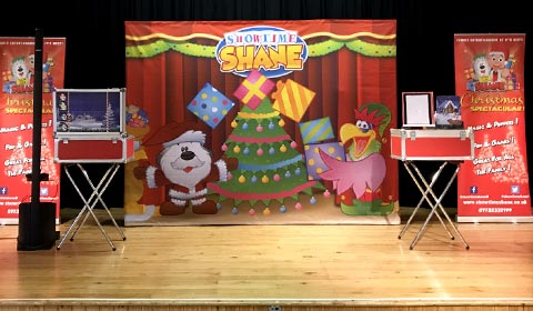 Showtime Shane's Christmas Backdrop